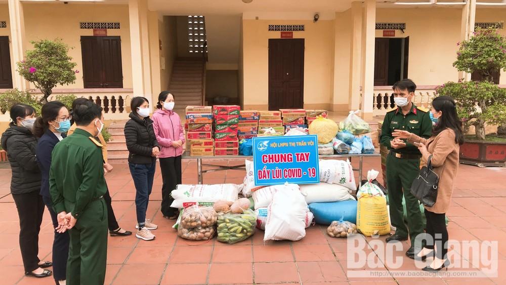 Hội phụ nữ huyện Lạng Giang (Bắc Giang) ủng hộ nhiều nhu yếu phẩm tặng khu cách ly