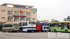 Bắc Giang: Ngày đầu thực hiện cách ly toàn xã hội, người dân nghiêm túc chấp hành