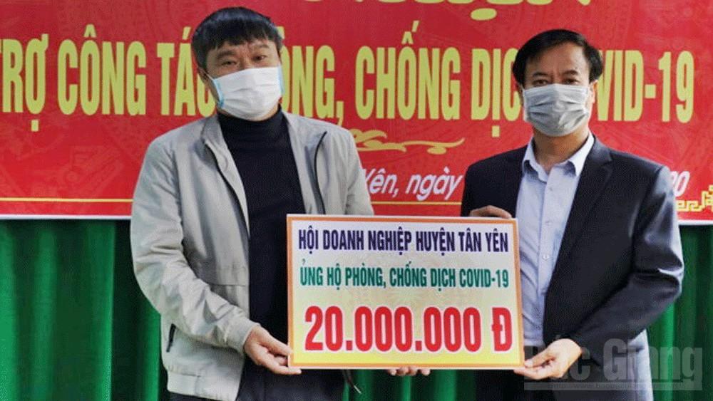 Tân Yên: Nhiều tổ chức, doanh nghiệp ủng hộ nhu yếu phẩm phòng, chống dịch Covid-19