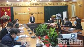 Phó Chủ tịch UBND tỉnh Lê Ánh Dương chỉ đạo: Mở rộng xét nghiệm sàng lọc loại trừ, phát hiện người nhiễm