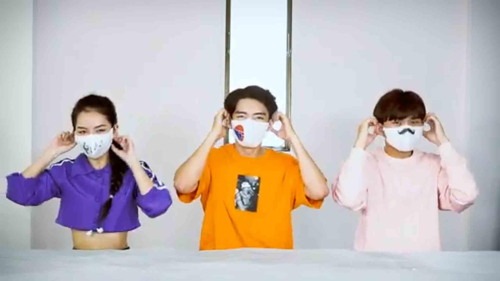 """Đeo khẩu trang lạc quan, vui vẻ như điệu """"Happy mask"""" của Quang Đăng"""