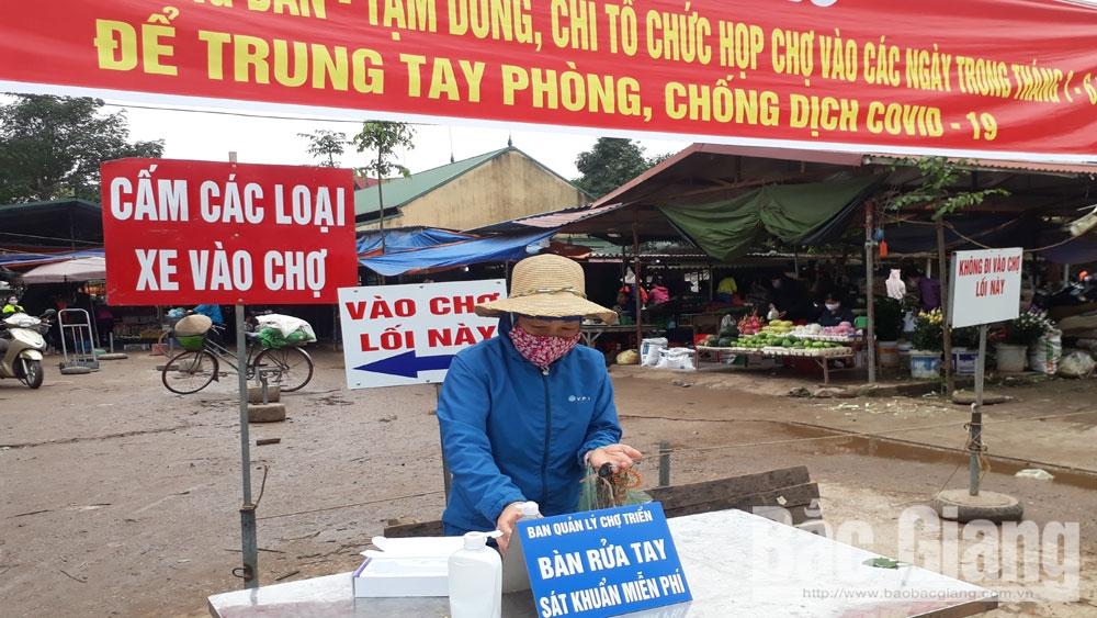 Bắc Giang: Các chợ cơ bản tuân thủ quy định tiết giảm số phiên và quy mô họp