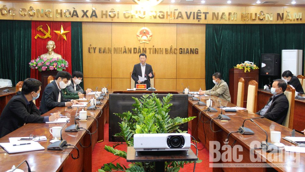 Bac Giang strictly manages source of infection, speeds up purchasing medical equipment