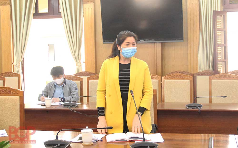 Bac Giang province, closely supervises, sources of Covid-19 infection, social distancing, Covid-19 pandemic,  risk of disease infection, national outbreak