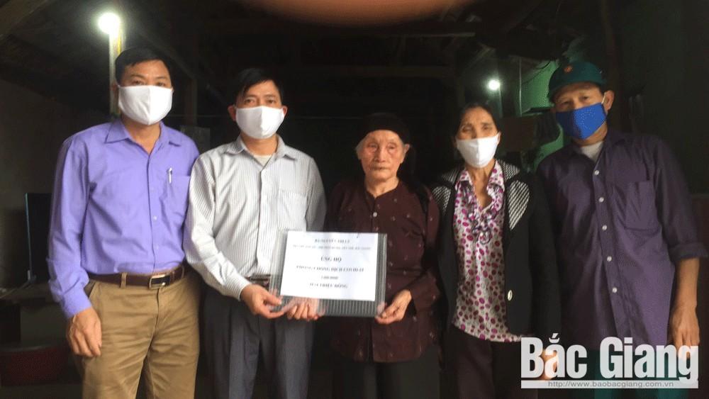 Bắc Giang: Cụ bà 97 tuổi ủng hộ 2 triệu đồng phòng, chống dịch Covid-19