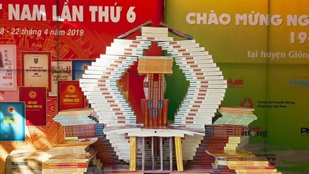 First-ever online book fair, Vietnam Book Day, Covid-19 pandemic, e-commerce trading floor, publishing houses, reading culture