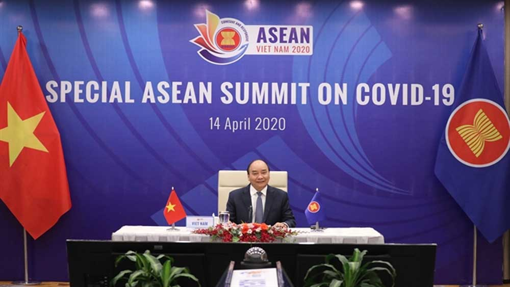 Vietnam chairs online ASEAN Special Summit on Covid-19