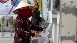 ATM gạo của Việt Nam lên báo chí quốc tế