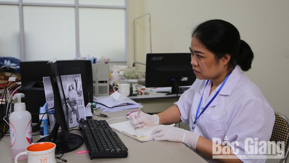 Doctor Nguyen Thi Doan Trang, silent soldier, front line, Covid-19 fight, Covid-19 pandemic, preventive medicine workers, Department of Infectious Diseases Control