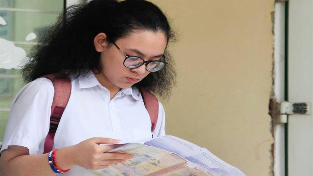 Nhiều địa phương, giảm môn thi,, dời lịch thi vào lớp 10, do dịch Covid-19, thời gian tuyển sinh, hướng dẫn ôn tập, tinh giản chương trình