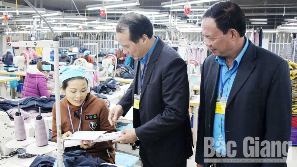Bac Giang takes care of laborers