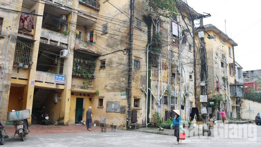 TP Bắc Giang: Triển khai chính sách di dời các hộ dân tại các chung cư cũ phường Trần Nguyên Hãn