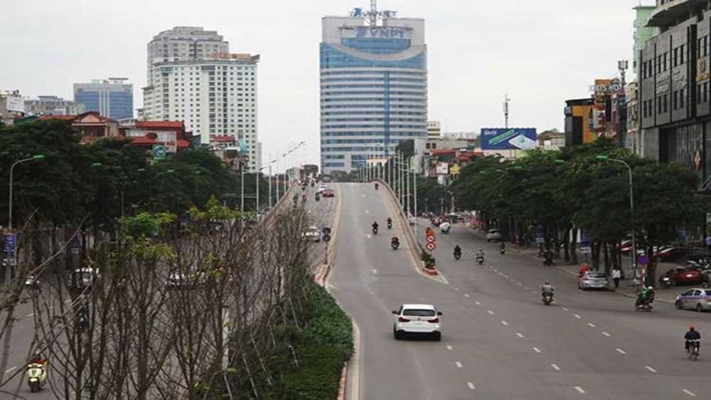 Hanoi to cease social distancing from 0:00 April 23, except Me Linh, Thuong Tin