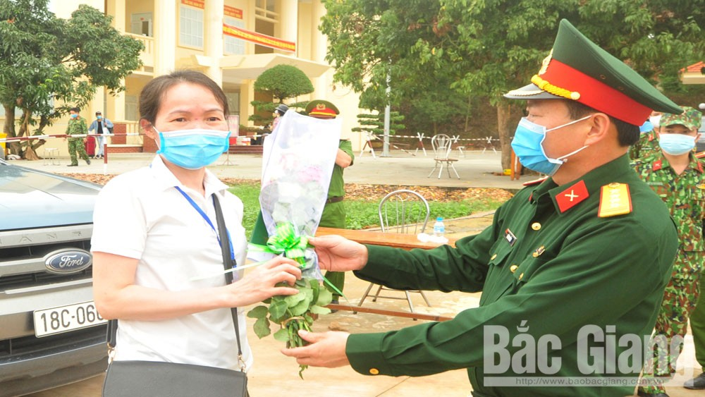 Covid-19 fight: Armed forces in Bac Giang raise sense of responsibility, show great love for people