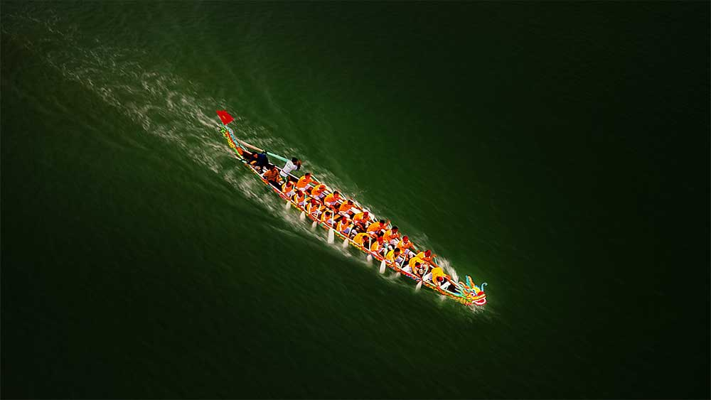 Dragon boat shot, world's best sports photo prize, dragon-shaped boat,  traditional race,  international sports photo award