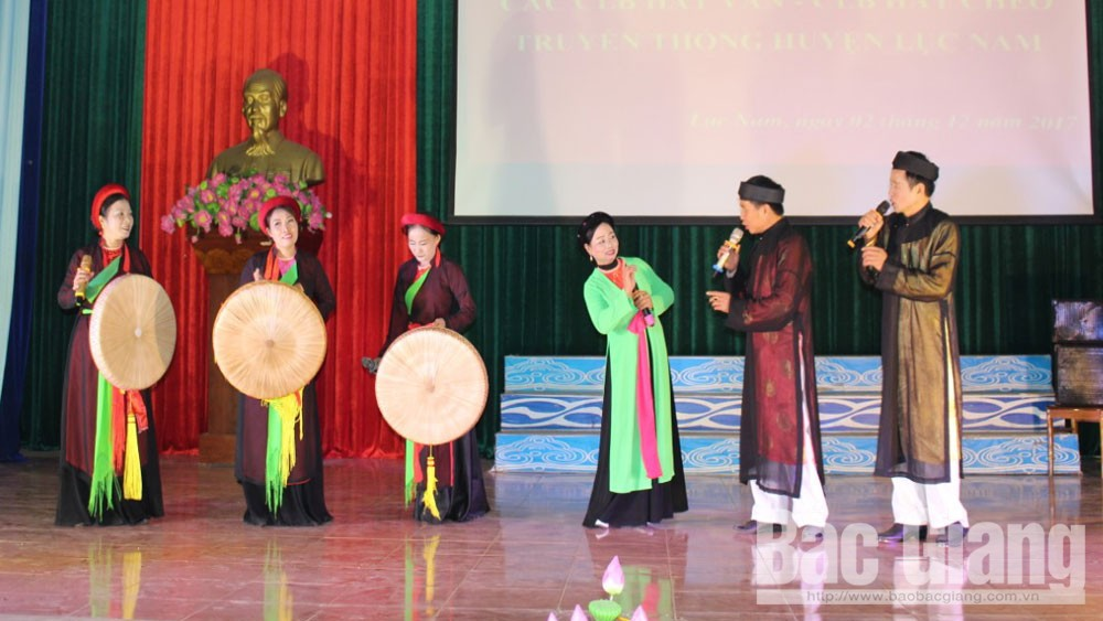 Bac Giang province, passion for traditional opera, Cheo singing, self-reliance activities, trilling cheo melodies, spiritual and cultural life, cultural heritage, Cheo singing movement