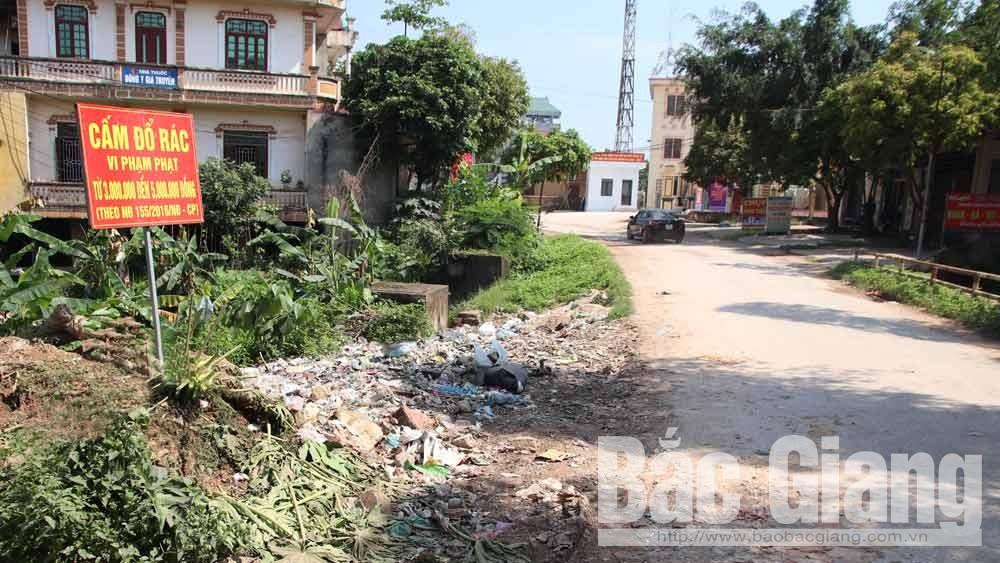 Lục Ngạn: Bãi rác thải gần trụ sở UBND xã Trù Hựu đã được giải tỏa