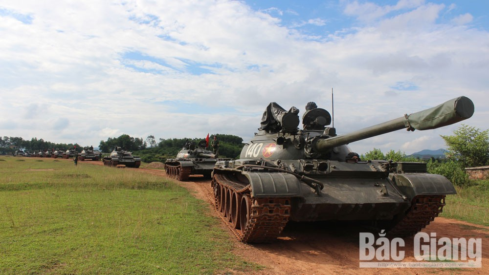 Tank Brigade 203, Corps 2, follows in elders footsteps, win all battles, historic Ho Chi Minh campaign, glorious tradition, officers and soldiers, Tradition fulcrum