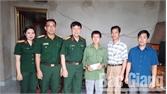 Ban CHQS huyện Lục Ngạn thăm, tặng quà thương binh nặng