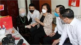 Chủ tịch Quốc hội Nguyễn Thị Kim Ngân thăm các Mẹ Việt Nam Anh hùng, Anh hùng Lực lượng vũ trang tại Thành phố Hồ Chí Minh