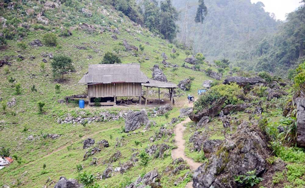 Ấn tượng Ngũ động Bản Ôn,  nông trường Mộc Châu, huyện Mộc Châu, Sơn la