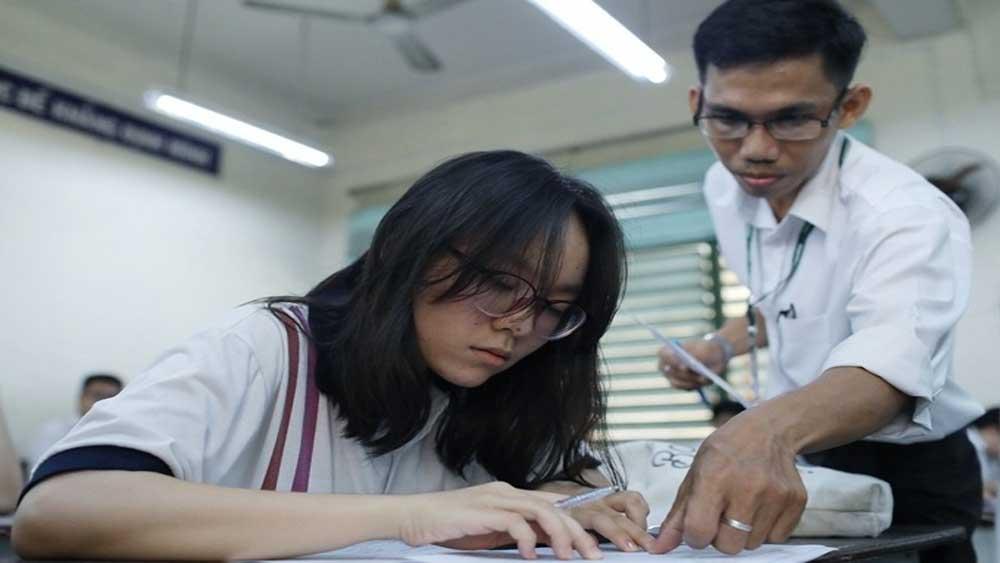 Thi tốt nghiệp THPT, trong hai ngày, 4 buổi thi, ba bài bắt buộc, môn thi thành phần, thi THPT quốc gia, Thí sinh tự do
