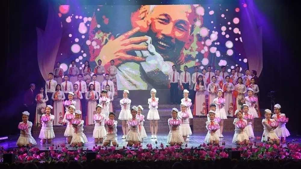 Arts programme to celebrate President Ho Chi Minh's birthday
