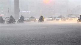 Thời tiết ngày 12/5: Mưa dông diện rộng ở Bắc Bộ và Bắc Trung Bộ