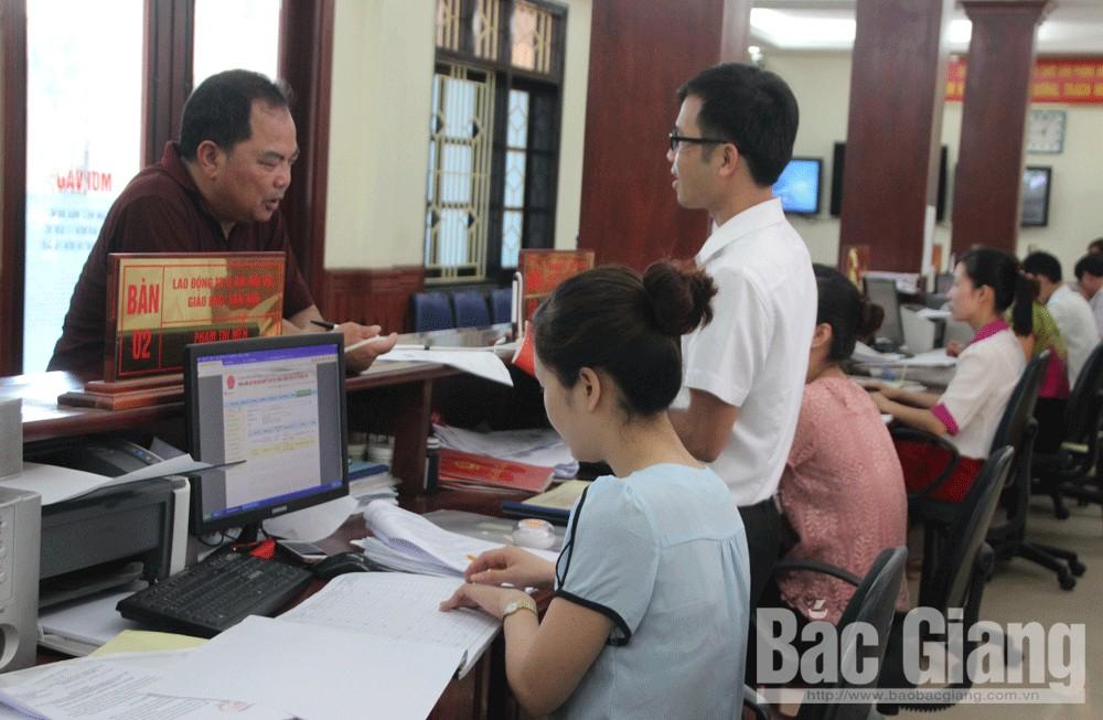 Lạng Giang (Bắc Giang) phấn đấu ít nhất 10% thủ tục hành chính được rút ngắn thời gian giải quyết