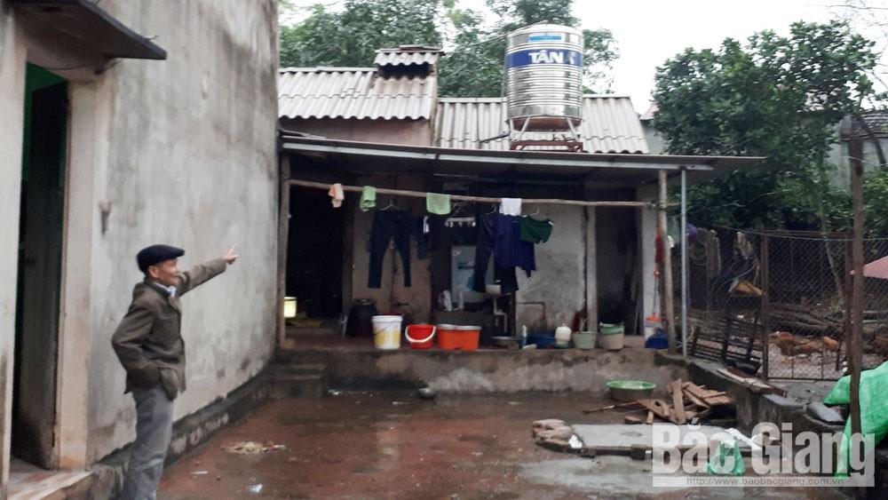 Xã Hương Sơn, Lạng Giang, Om, tiền hỗ trợ hộ nghèo,  bị kiện , chi trả