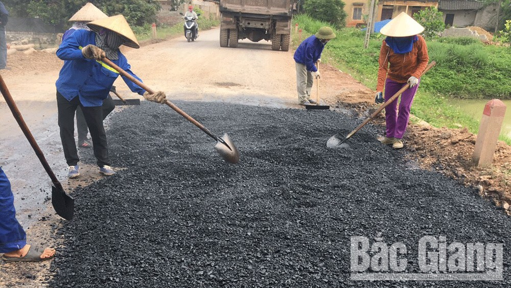 Tân Yên: Khắc phục tình trạng trồi lún cục bộ tại đoạn đường Cao Thượng - Phúc Hòa