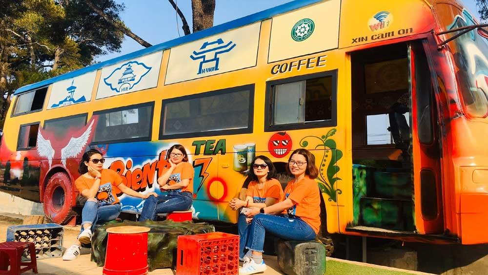 Thêm điểm nhấn, hấp dẫn du khách, phố núi Gia Lai, giãn cách xã hội, phòng chống dịch Covid-19, Biển Hồ chè, mô hình cà phê lưu động, con đường di sản