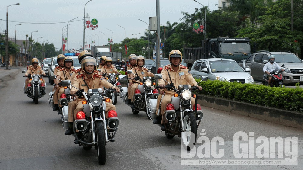 Tổng kiểm soát phương tiện giao thông cơ giới đường bộ tại Bắc Giang