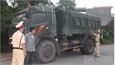 Tân Yên: Ngăn chặn xe quá tải trên đường Cao Thượng - Phúc Hòa