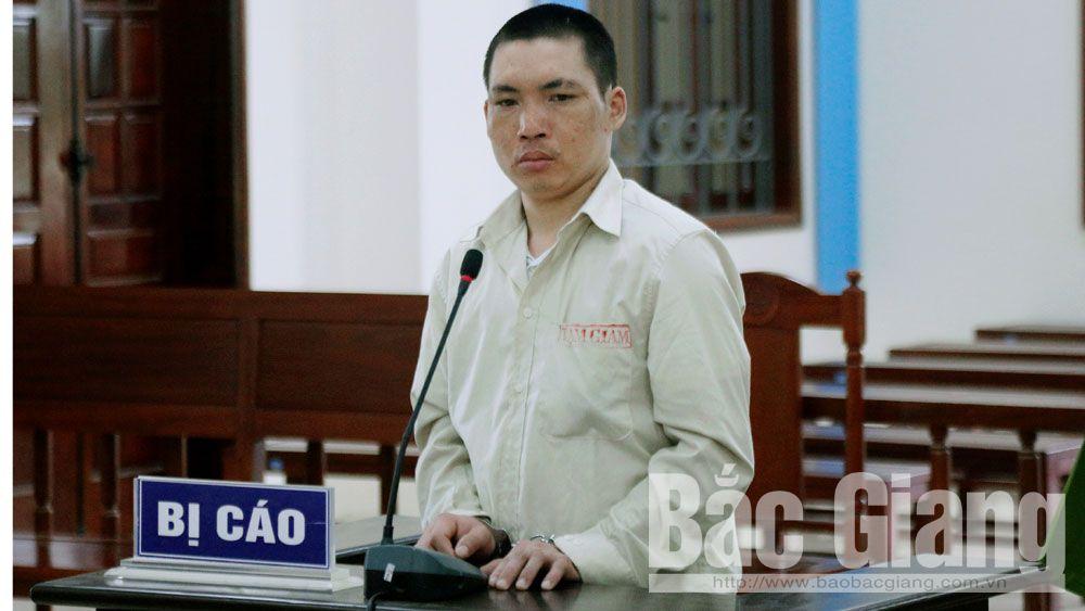 Nguyễn Trọng Chức tại phiên tòa xét xử.