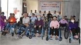 Bắc Giang: Tặng xe lăn cho 40 người khuyết tật