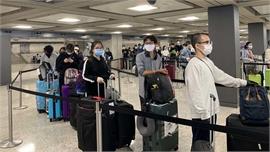 Đưa công dân Việt Nam từ Hoa Kỳ về nước an toàn
