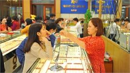 Giá vàng trong nước tăng hơn 400.000 đồng/lượng
