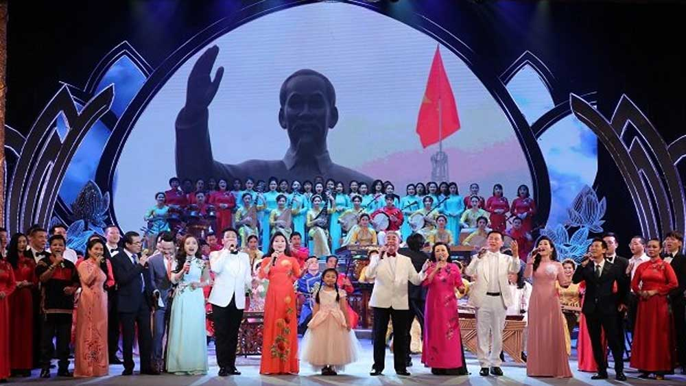 Special art programme, President Ho Chi Minh, birth anniversary, national-level, remarkable contributions, national revolutionary cause