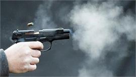 Giang hồ nổ súng, người đi đường trúng đạn