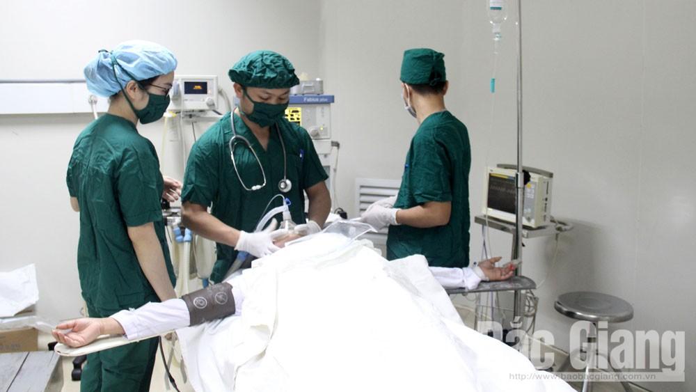 Khoa Phẫu thuật, gây mê, hồi sức: Thầm lặng giành sự sống cho người bệnh