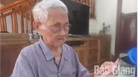 """Lão nông 100 tuổi Nguyễn Văn Dưỡng: """"Tôi được Cụ Hồ tặng một hào đỏ"""""""