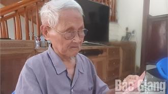 Lão nông 100 tuổi Nguyễn Văn Dưỡng: 'Tôi được Cụ Hồ tặng một hào đỏ'