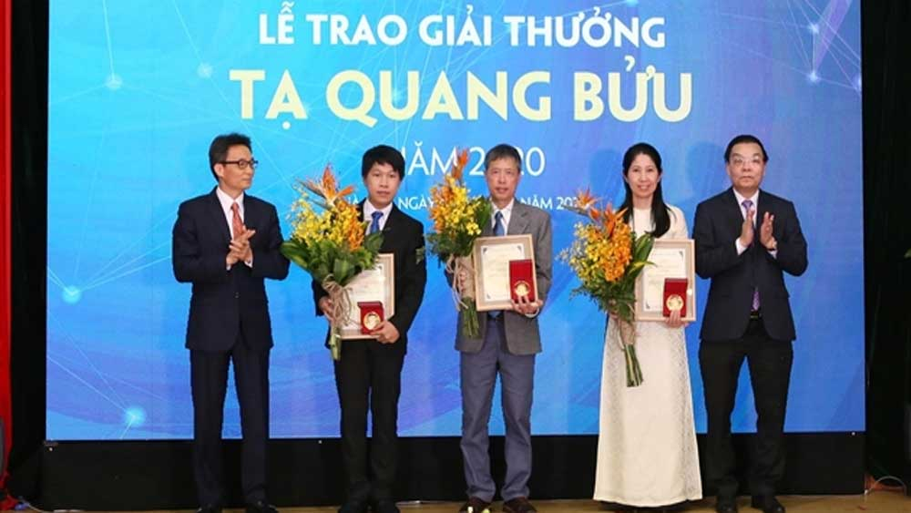Three scientists honoured with Tạ Quang Bửu Awards