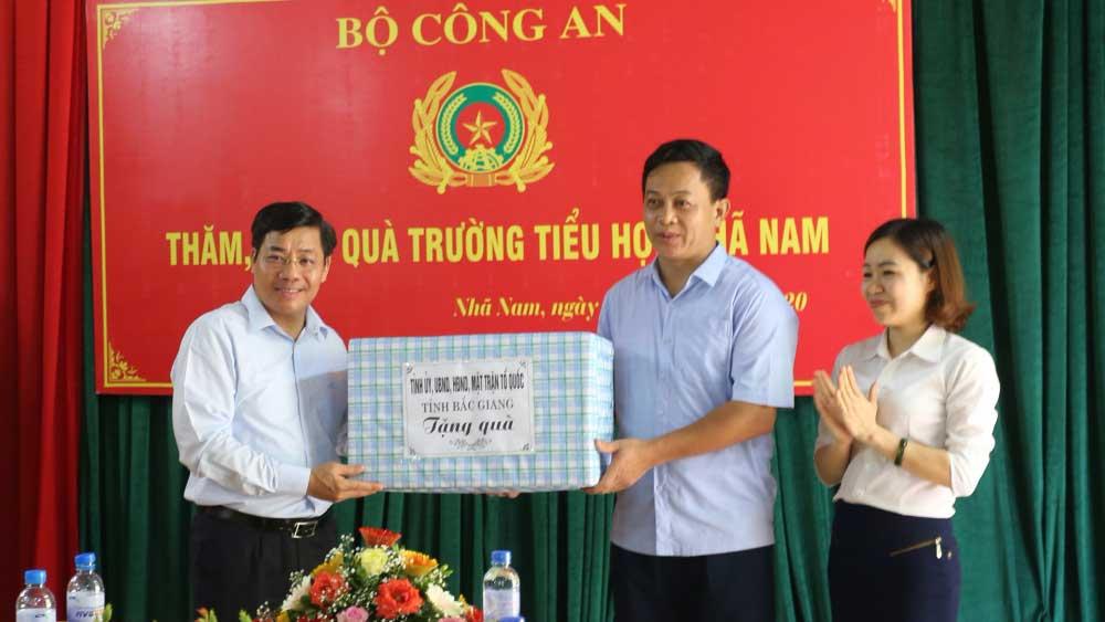 Bộ Công an, Đại tướng Tô Lâm, Bắc Giang, Thượng tướng Bùi Văn Nam, Khu lưu niệm Sáu điều Bác Hồ dạy Công an nhân dân