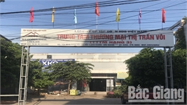Lạng Giang: Trung tâm thương mại xây dựng gần 10 năm vẫn chưa xong