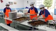 Cải thiện chất lượng bữa ăn ca cho công nhân