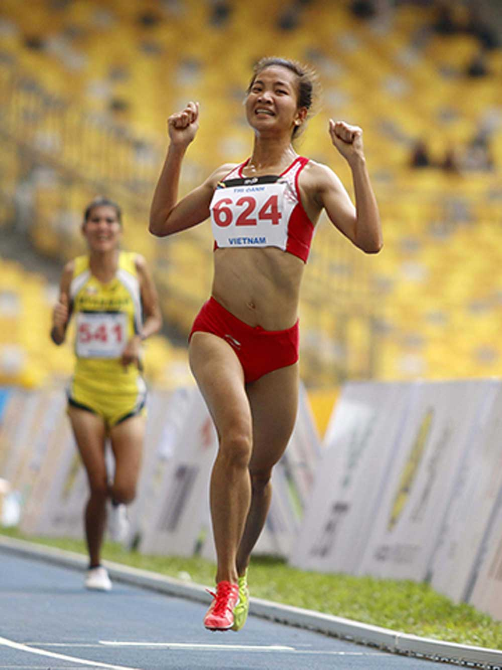 Athletes, Speed Cup, HCM City, Thong Nhat Speed Cup,  first professional athletics tournament,  easing of social distancing