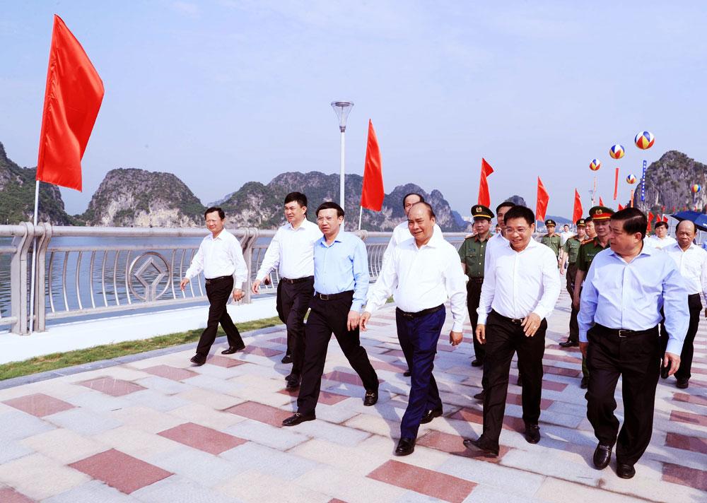 Thủ tướng, Thủ tướng Nguyễn Xuân Phúc, khánh thành cầu Bài Thơ, Trần Quốc Nghiễn, Thành phố Hạ Long, tỉnh Quảng Ninh