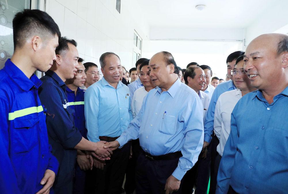 Thủ tướng Nguyễn Xuân Phúc, Than Hà Lầm, Quảng Ninh, Tháng Công nhân, Vinacomin